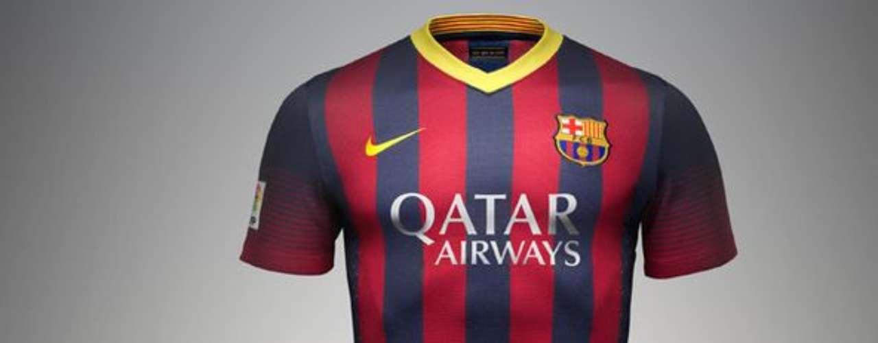 El kit de casa volverá a varias líneas finas con los colores tradicionales y tiene los colores de la bandera catalana en el cuello.