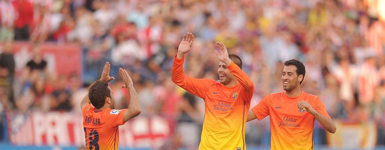 La segunda equipación es diferente del diseño amarillo y naranja utilizado durante la temporada 2012-2013.