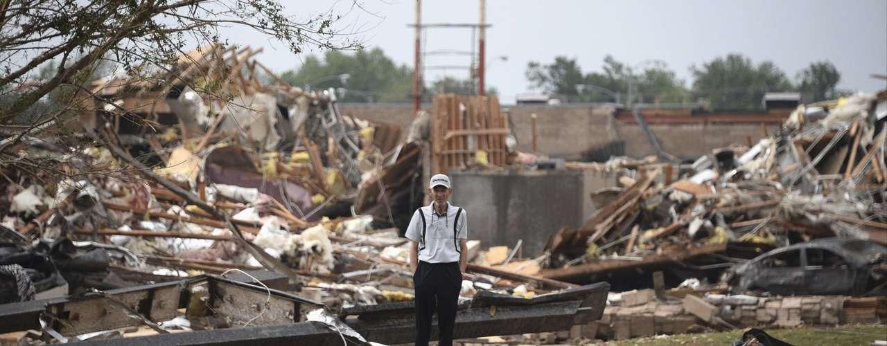 Amy Elliott, jefa forense de Oklahoma, dijo a la AFP que la morgue había recibido 24 cuerpos y que la mayoría de ellos habían sido identificados.