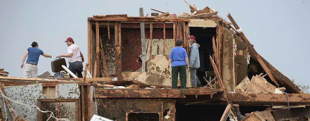 En el colmo de la mala suerte, golpeó una ciudad, un fenómeno mucho más raro que los propios tornados.