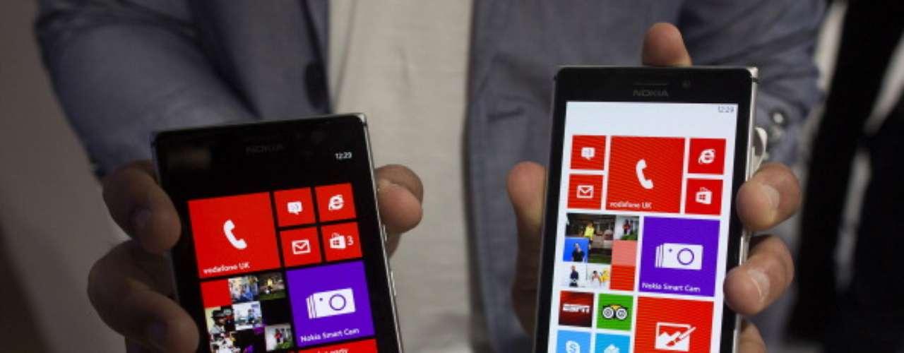 5.Nokia Lumia 925: Pantalla OLED de 4,5 pulgadas (1280 x 768 píxeles). Procesador dual-core a 1,5 GHz. Memoria RAM de 1 GB / 16 GB de almacenamiento. Tiene 8,5 mm de grosor y pesa 139 gramos. Cámara de 8,7 megapíxeles pureView.
