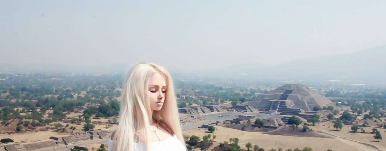 La película muestra la 'verdadera historia' de Lukyanova, al darse a conocer que no es de este planeta, sino que proviene de un lugar lejano.