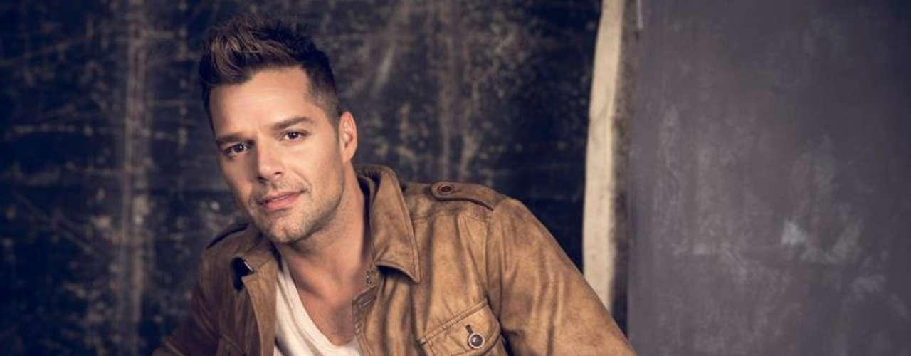 """Ricky Martin cantará una nueva versión de""""Come with me"""" en los Premios Juventud 2013."""