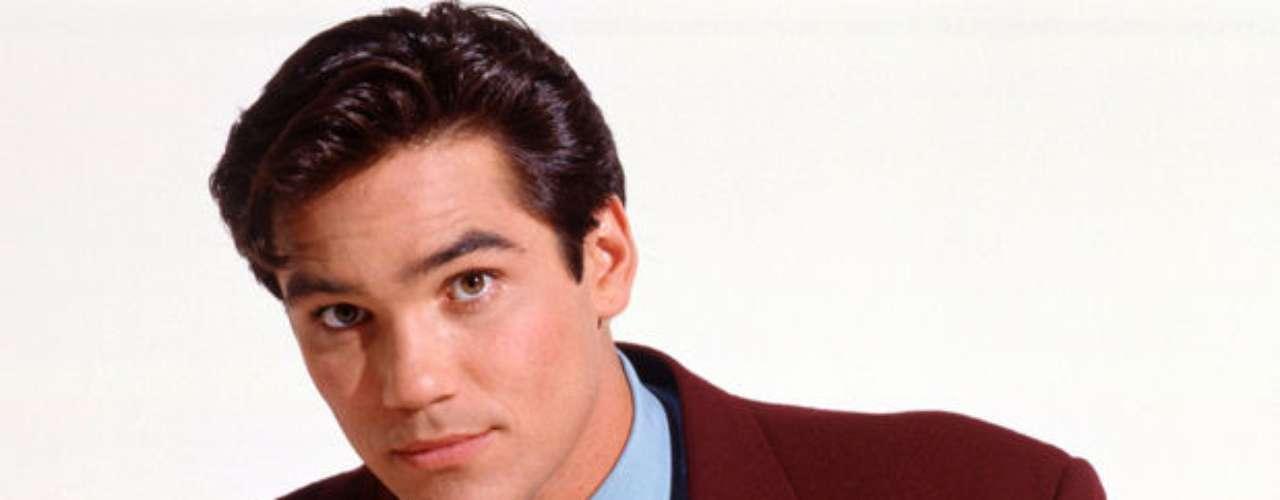 Dean Cain. Fue el siguiente en interpretar a Clark Kent para la televisión, en la recordada serie de los noventa llamada Lois y Clark: Las nuevas aventuras de Superman.