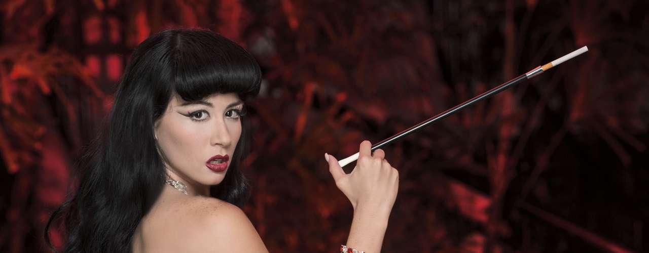 La espera terminó. La edición mexicana de la revista Playboy dio a conocer algunas de las imágenes que conforman la esperada aparición de Diosa Canales en la revista del conejito.
