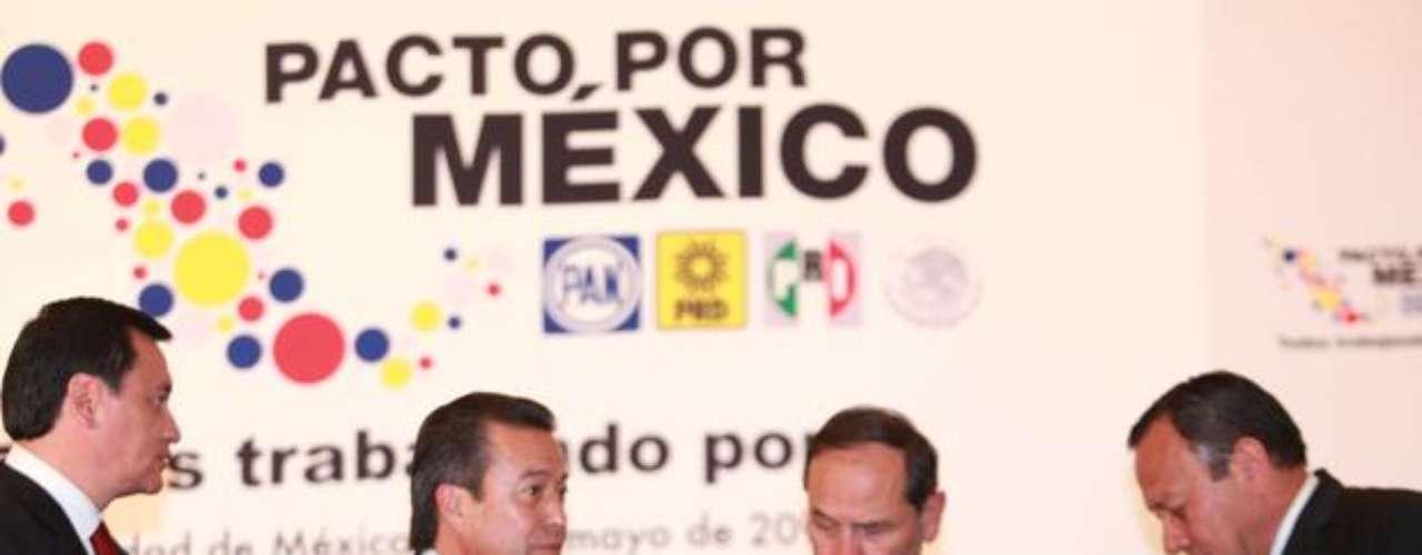 En estos primeros seis meses de gobierno, Peña Nieto ha mostrado la capacidad de conciliar con las distintas fuerzas políticas del país creando el llamado Pacto por México, con el que busca concretar las reformas estructurales que necesita el país.