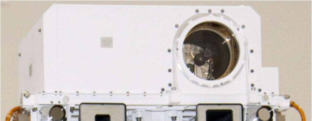 La sonda que fue enviada desde la Tierra a Marte para efectuar diversos estudios, se prepara para una nueva misión luego de superaralgunos inconvenientes en su sistema; se trata deun recorrido de aproximadamente diez kilómetros hasta la base del Monte Sharp, una travesía que llevará varios meses .