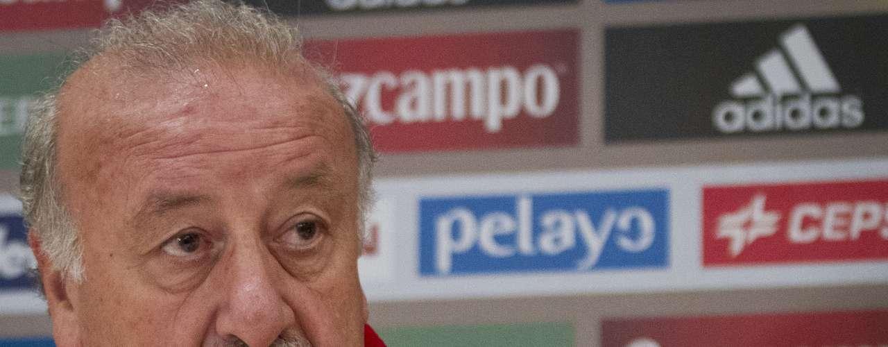 Vicente Del Bosque (Entrenador-España): El estratega español buscará debutar con pie derecho en su camino para conquistar el único título de selecciones que le falta ganar con la Roja.