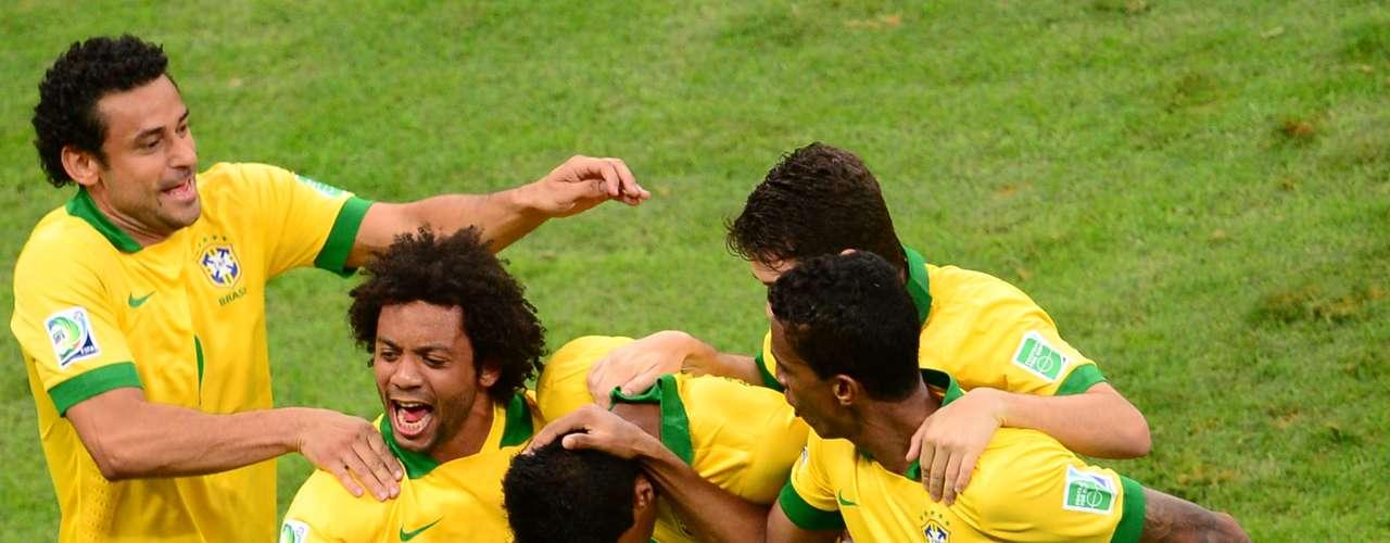 La selección de Luiz Felipe Scolari se mostró enérgica y aprovechó las oportunidades de gol.