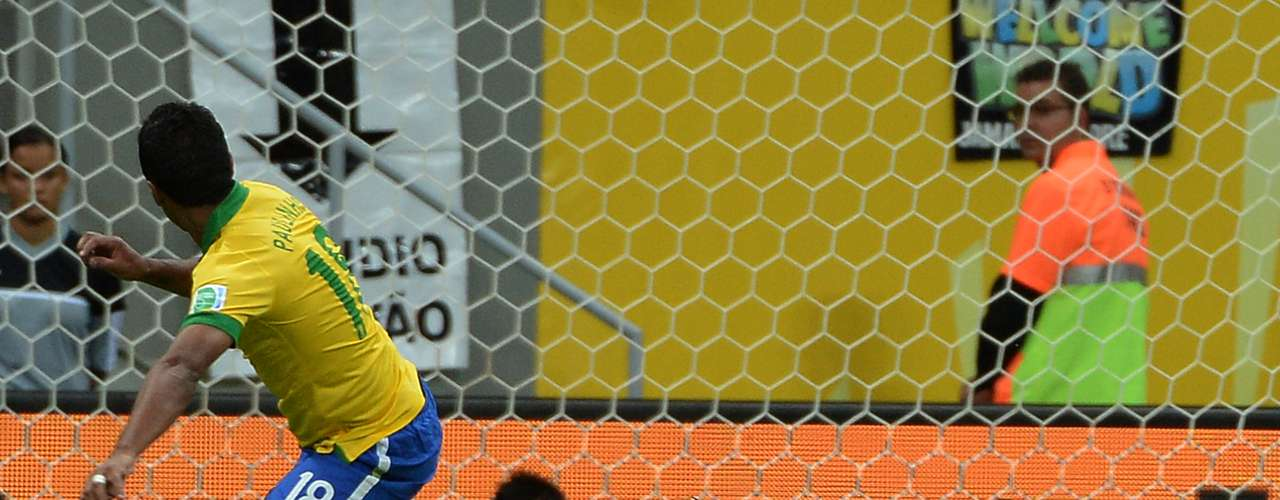 En la segunda etapa, el autor del gol fue el centrocampista Paulinho.