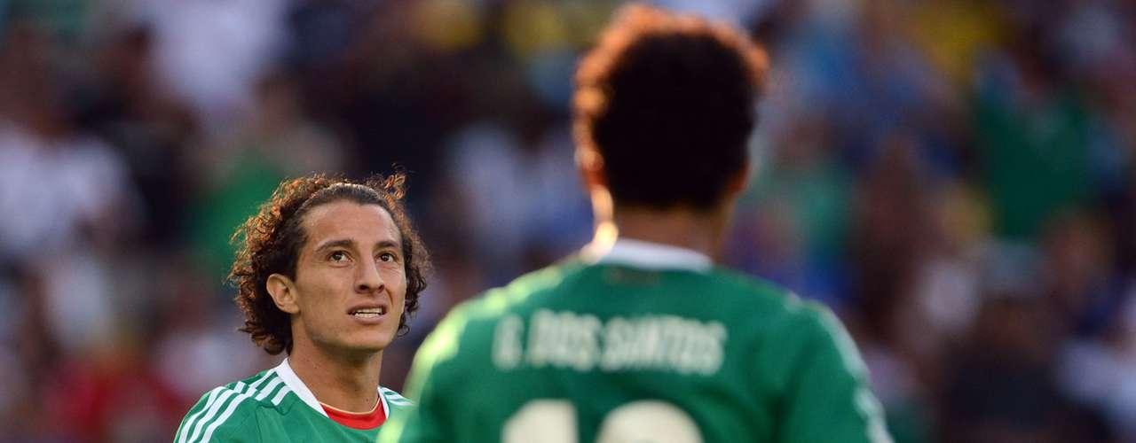 Andrés Guardado y Giovanituvieron una gran primera mitad.