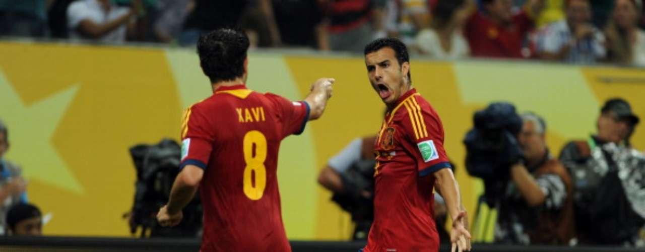 Pedro celebra el primer gol.