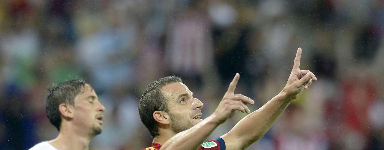 Su genialidad se vio evidenciada al minuto 31, tras un gran pase de Cesc Fábregas en el que el delantero tuvo todo el tiempo para mirar al portero Fernando Muslera y colocar el balón a su espalda.