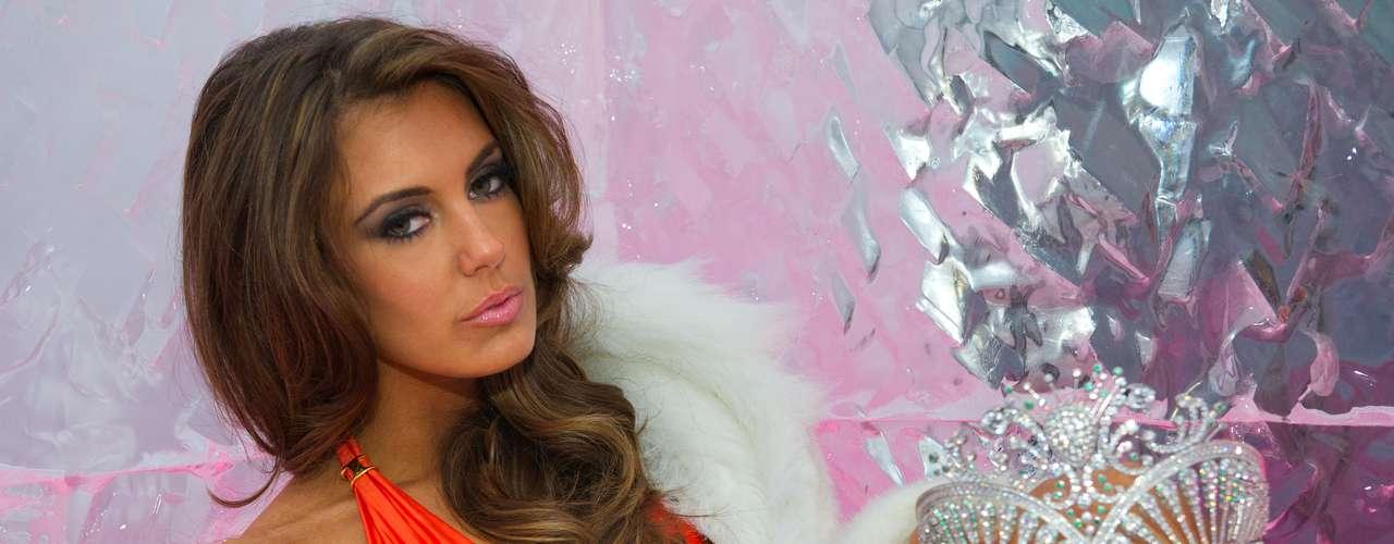 Serena, muy segura de su belleza, pero al mismo tiempo, espectacular y sensual así es Erin Brady, Miss USA 2013.