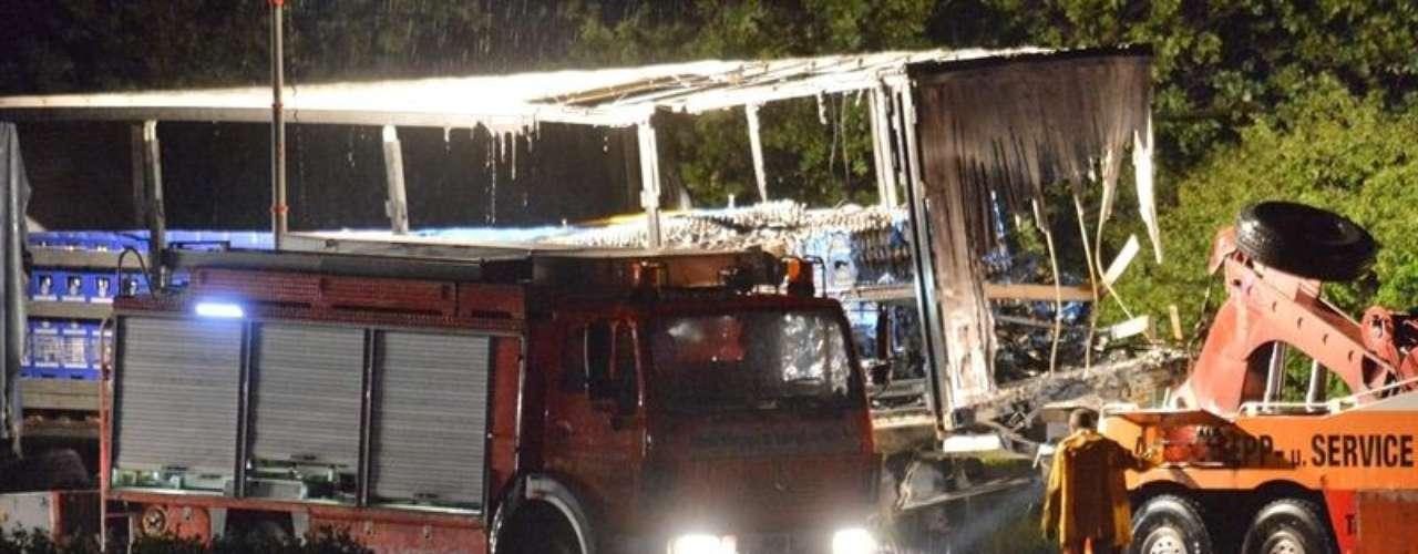 El jueves 20 de junio de 2013, ocurrió un accidente de tránsito en la autopista A9, cerca de Dessau, Alemania. En la colisión estuvieron involucrados dos camiones, cinco carros y una van.