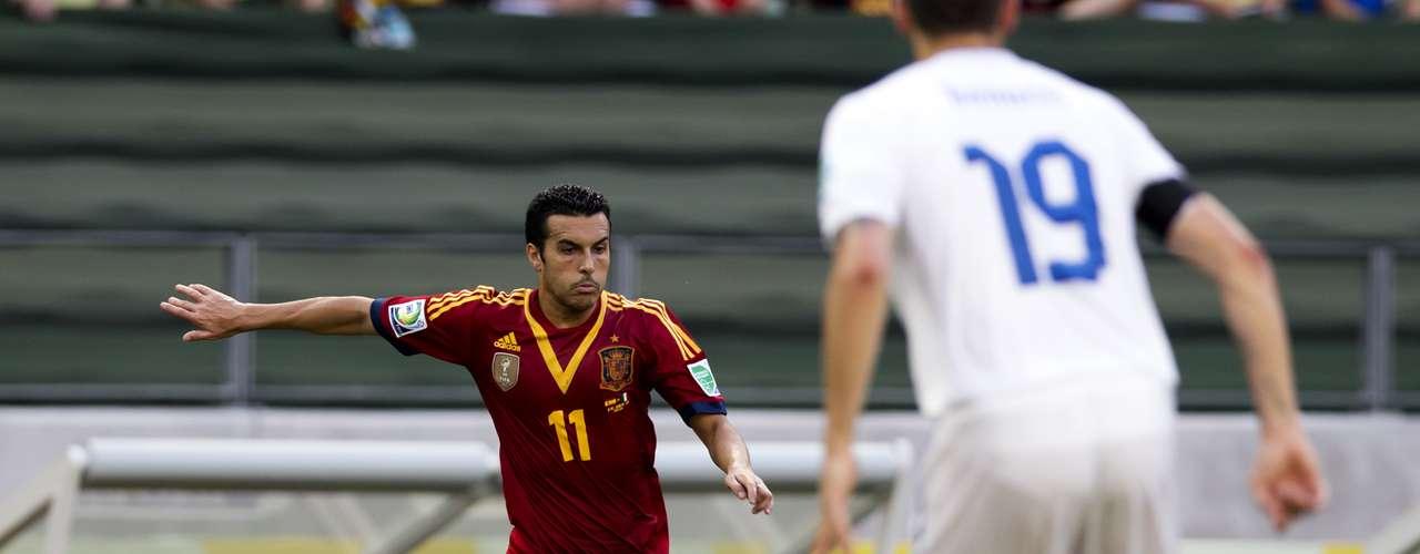 Pedro tuvo una clara ante Buffon, pero su tiro salió desviado.