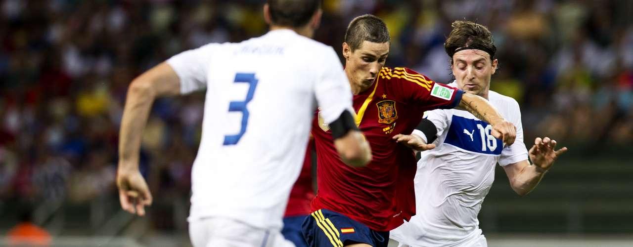 Torres no pudo con el paquete ofensivo, recibió la oportunidad en lugar de Soldado.