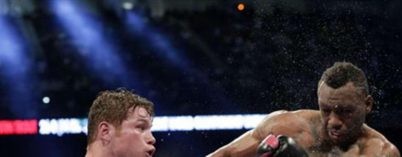 Y en abril pasado, 'Canelo' Álvarez dio cuenta de su rival más peligroso que ha tenido hasta el momento. El mexicano venció por decisión unánime a Austin Trout para unificar los títulos Superwelter del CMB y la AMB.