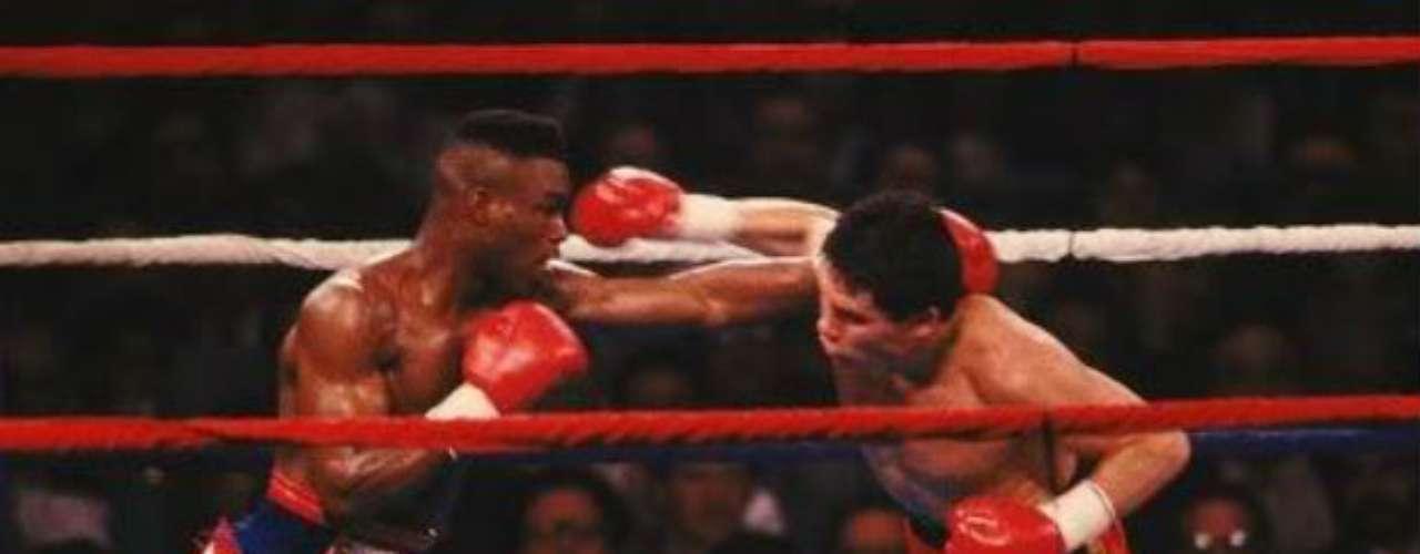 En la década de los 90, época de más brillo para Julio César Chávez, aún se recuerda el triunfo cardíaco del mexicano sobre Meldrick Taylor en el último asalto. El azteca iba perdiendo el combate, pero se repuso para salir con la victoria por nocaut técnico en el décimo segundo round.