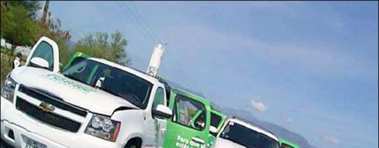 A sólo seis días de los comicios del 4 de julio de 2010, el político de 46 años fue asesinado junto con tres personas más, entre ellas su coordinador de campaña, Enrique Blackmore Smer, cuando se dirigía del municipio de Soto La Marina a la capital del estado, Ciudad Victoria, para tomar un avión a la fronteriza Matamoros, donde realizaría su cierre de campaña.