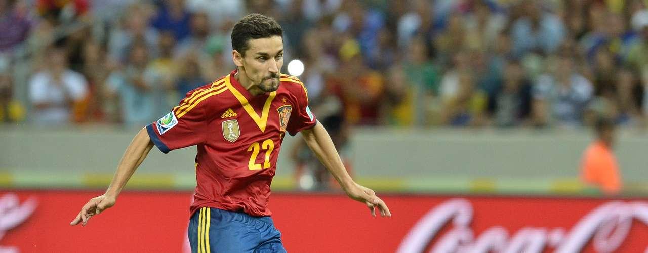 Jesús Navas pasa a las filas del Manchester City y abandona al Sevilla.