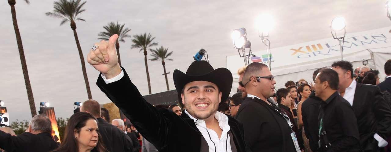 El gran expositar del género 'Regional Mexicano', Gerardo Ortiz se posiciona entre el gusto de los jóven y es po eso que fue nominado en cuatro categorías