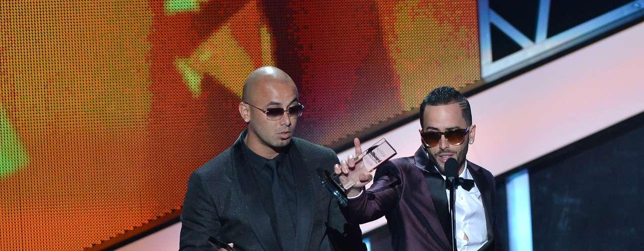 'Los líderes' de Wisin & Yandel se preparan con todo para ganar en las tres categorías en las que fueron nominados