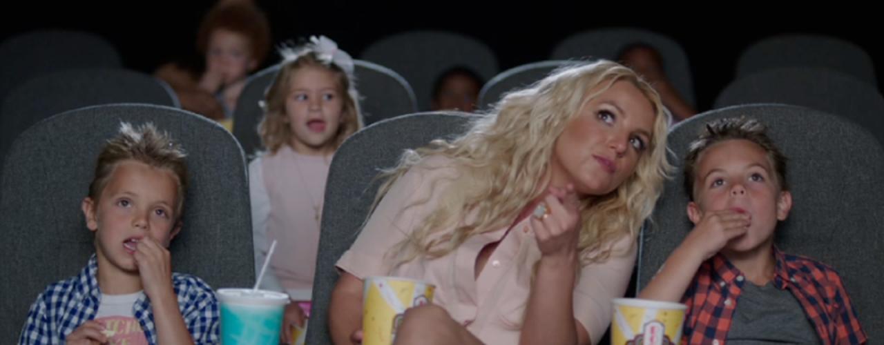 10 de Julio - Britney Spears compartió un adelanto de su nuevo video musical en donde participan sus dos pequeños hijos. ¡Qué grandes y guapos están!