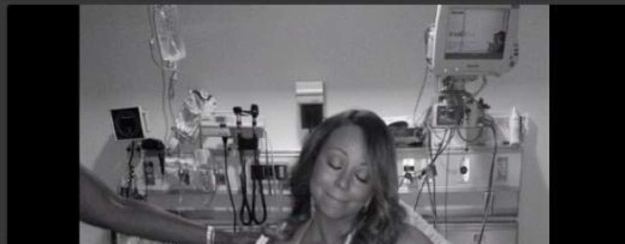 11 de Julio - Mariah Carey mostró su mejor cara después de salir del hospital debido a que se dislocó un hombro cuando filmaba su nuevo video
