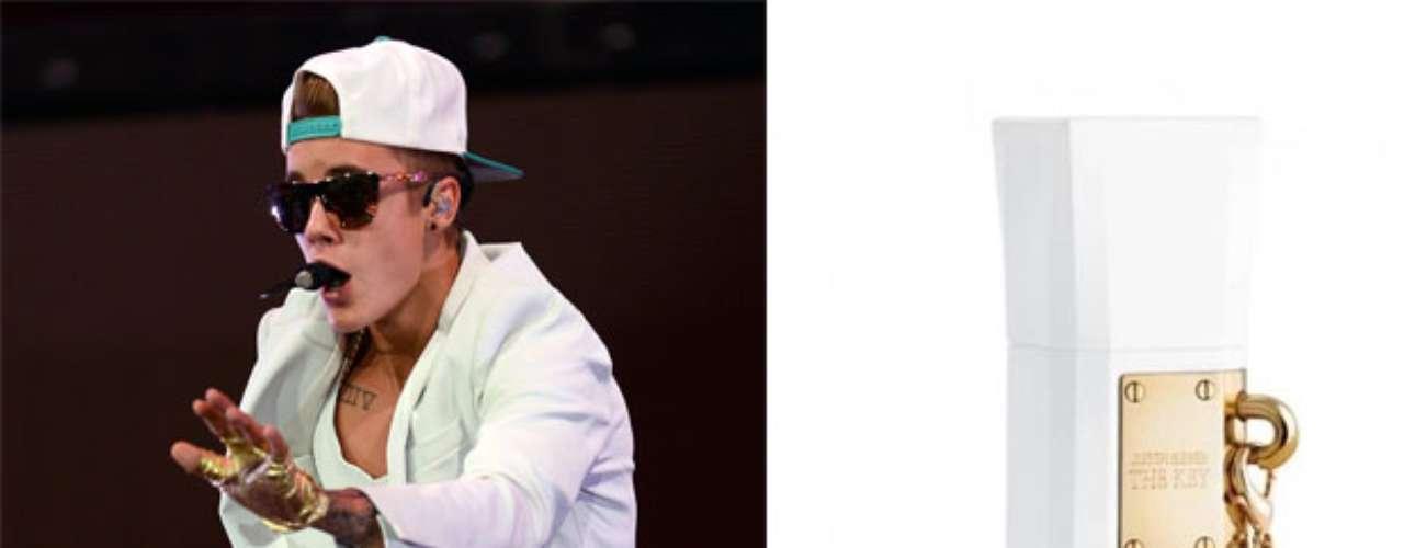 Justin Bieber. El 15 de julio de 2013 el artista lanzó al mercado su tercera fragancia para ellas, The Key, un aroma floral-frutal con un almizcle luminoso, definido comoenérgico, atractivo y refrescante.Este aroma se apodera del mercado luego de que la estrella juvenil triunfara en el mercado de la belleza conSomeday en 2011yGirlfriend en 2012.