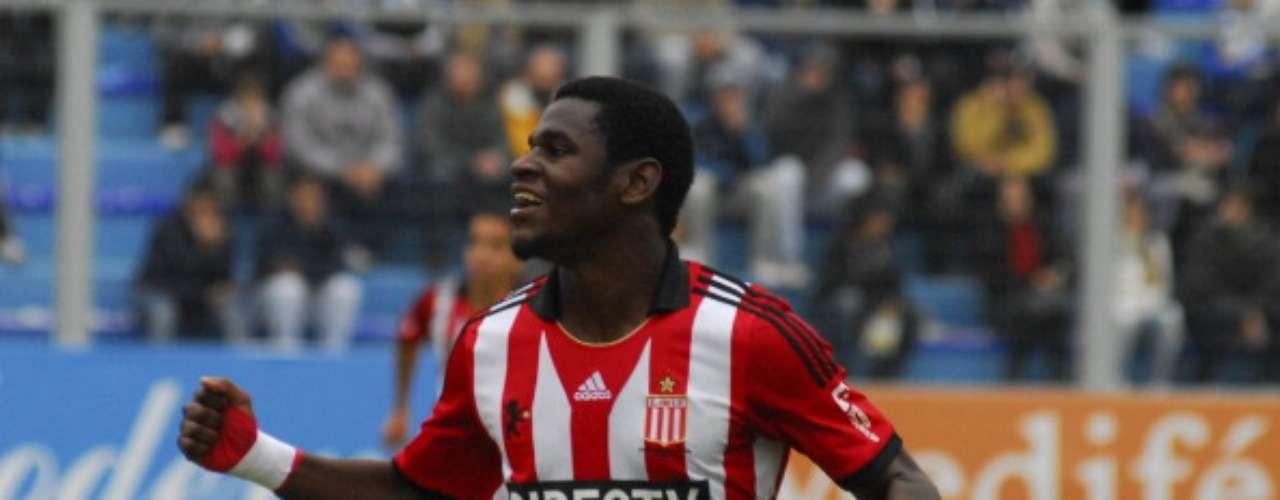 West Ham y Estudiantes de La Plata llegaron a un acuerdo por la transferencia de Duván Zapata. El delantero colombiano será \