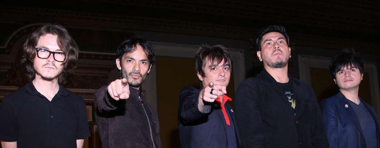 Así,Los Bunkers presentaron de manera oficial en México su álbum titulado \