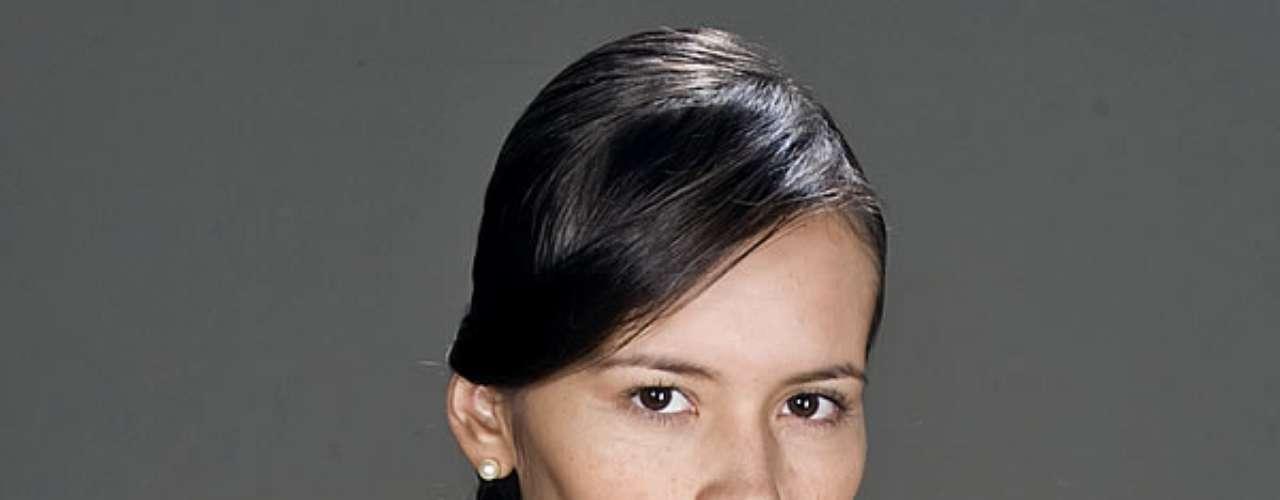 Alejandra Ávila participó en producciones como: 'La Marca del Deseo', 'Doña Bella'y 'Así es la Vida'. Tomó talleres de actuación con Julio Cocaro, Alejandra Borrero, Humberto Dorado, Vicky Hernández y Ricardo González.
