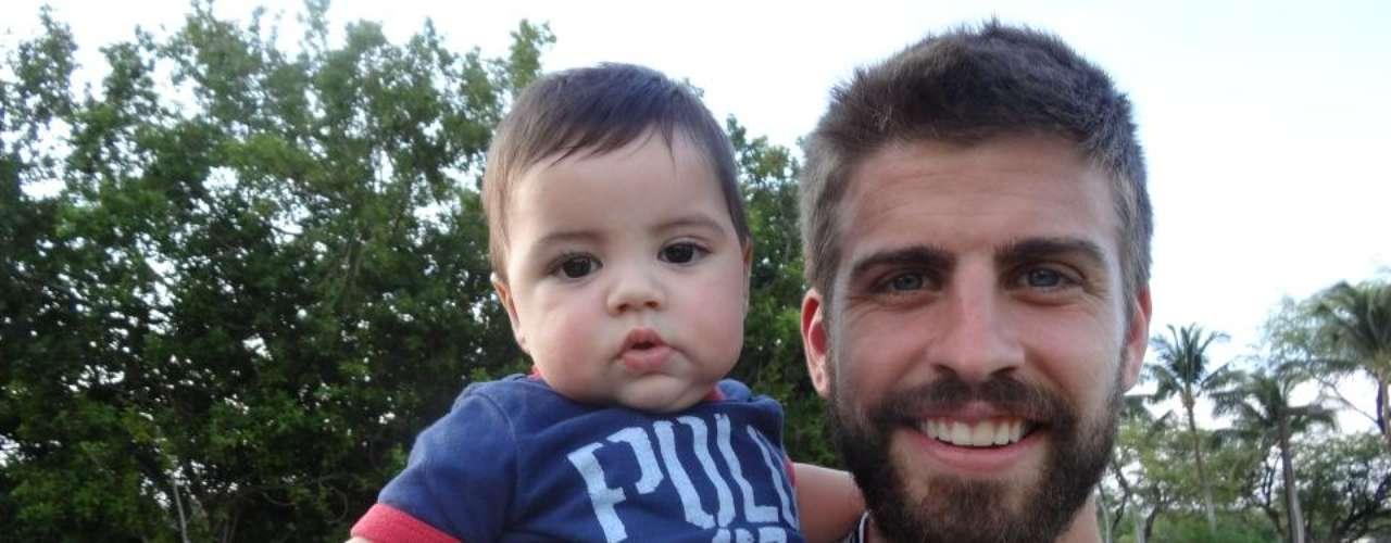 29 de Julio - ¡Claro, estamos hablando de Milan! El bello hijo de Shakira y Piqué se ha vuelto en el tesoro más preciado de sus padres que lo presumen cada que pueden en sus redes sociales. ¿No es hermoso?