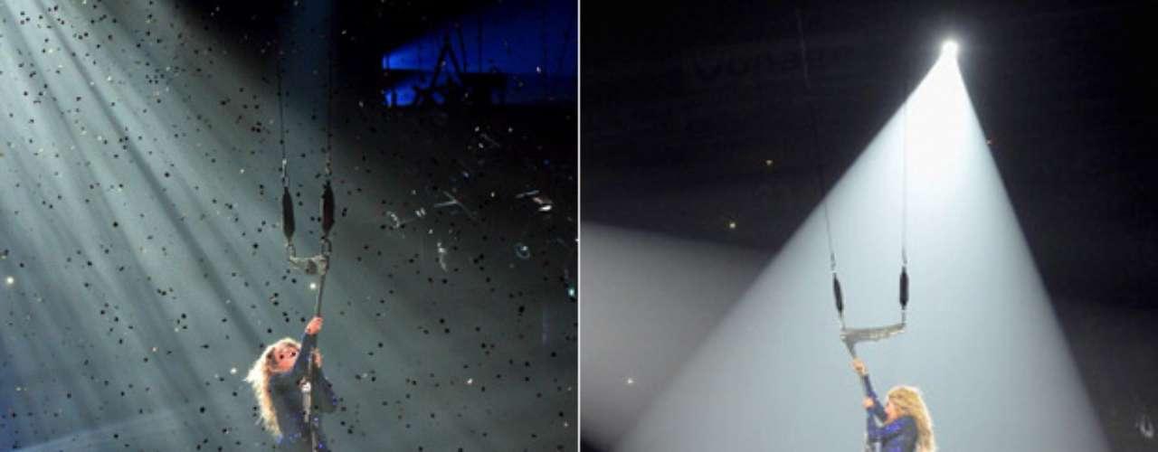 Beyoncé, volando literalmente sobre el escenario, sorprendió a las miles de almas que coparon cada rincón del Izod Center en Nueva Jersey, para presenciar lo mejor del espectáculo de su \
