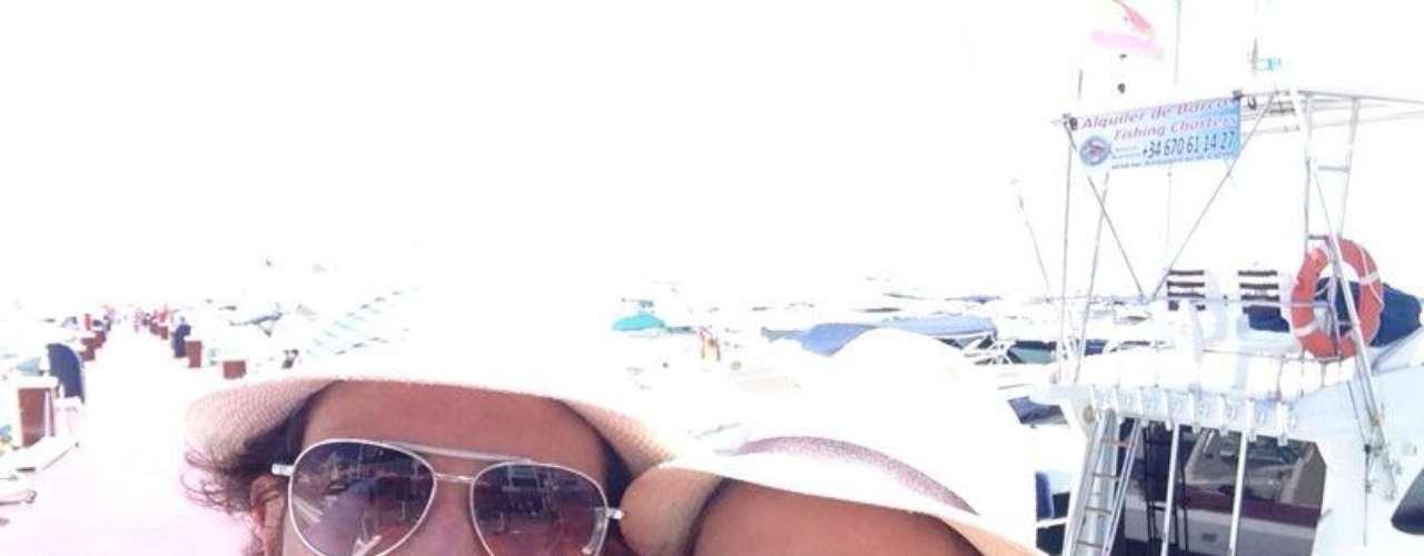 21 de Agosto - Aracely Arámbula y Sebastián Rulli viven su amor al máximo y mientras estaban por Miami, la actriz publicó esta foto de ella y su galán agradeciéndole todo su apoyo mientras grababa la telenove 'La Patrona'