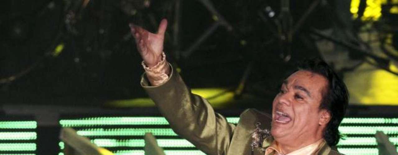 Agosto 21, 2013:Juan Gabriel hará un apoteósico cierra del tour\