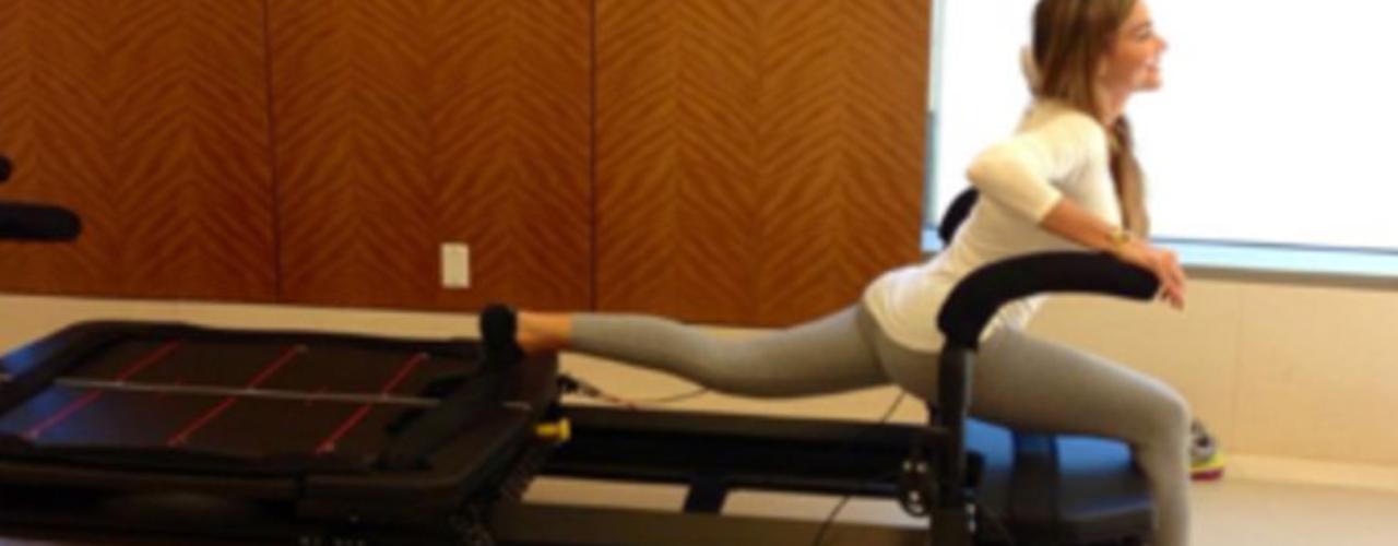 21 de Agosto - Sofía Vergara ha dicho que no le gusta mucho hacer ejercicio y eso se puede notar en esta fotografía del antes y después de la colombiana haciendo su rutina. ¡Quedó cansadísima!