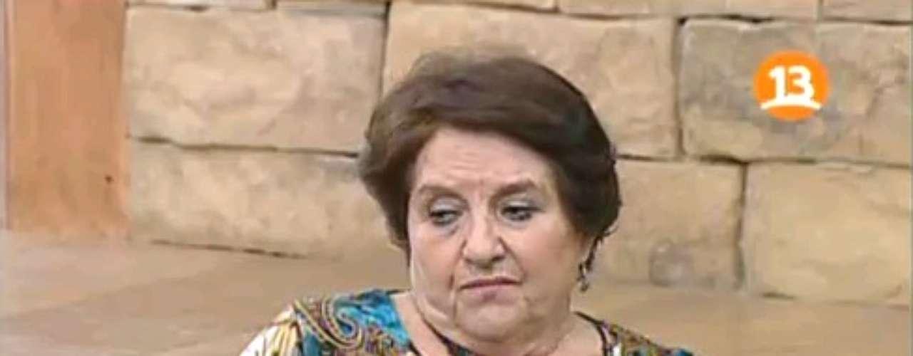 """De """"Bienvenidos"""" para todo Chile, llega cargada de colaciones para su público en el matinal y muchos consejos para entregar, la Doctora María Luisa Cordero, que gracias a su tejido, tiene buenas chances de ganarse el cetro."""