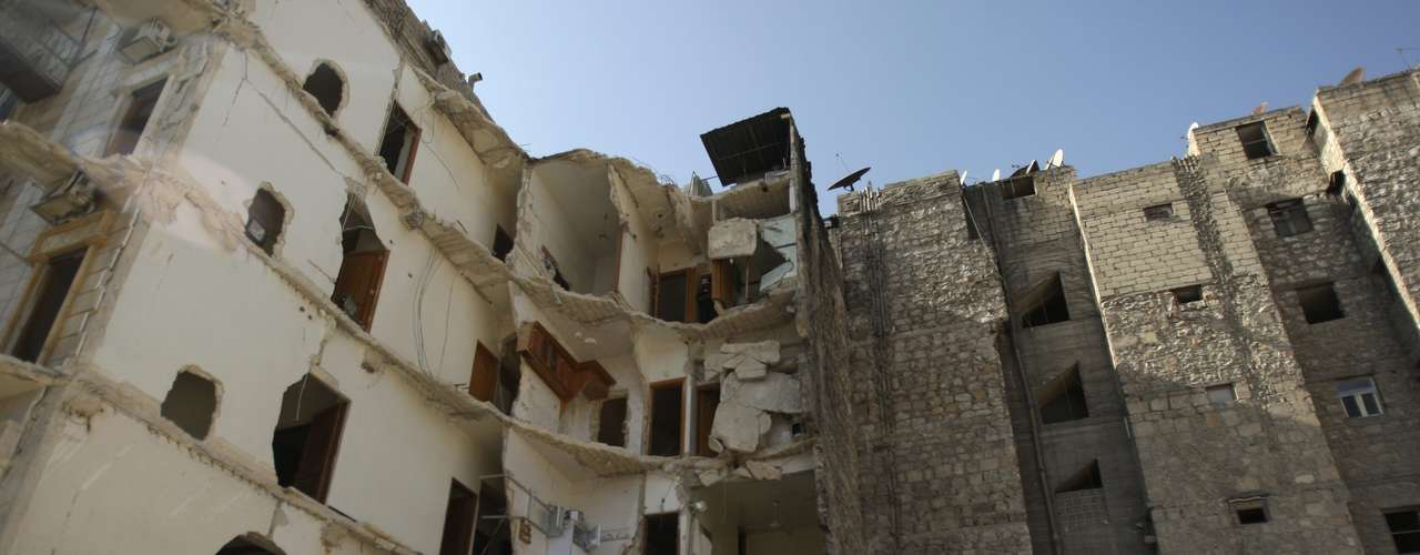 La operación se concentró en Muadamiya al Sham, en el suroeste de la capital, que el ejército trata de retomar, precisó el OSDH, que se basa en una amplia red de militantes en el terreno.