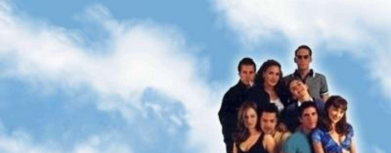 La historia de 'Soñadoras' sirvió de Cupido entre los actores Eduardo Verástegui y Aracely Arámbula, quienesse enamoraron mientras grababan la telenovela en 1998. El romance entre los dos actores, que en ese entonces eran muy jóvenes, no duró mucho más tiempo.