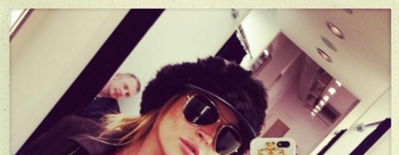 27 de Agosto - Lindsay Lohan se pone a la moda y en espera de las nuevas tendencias para el otoño. ¿Qué tal se ve?