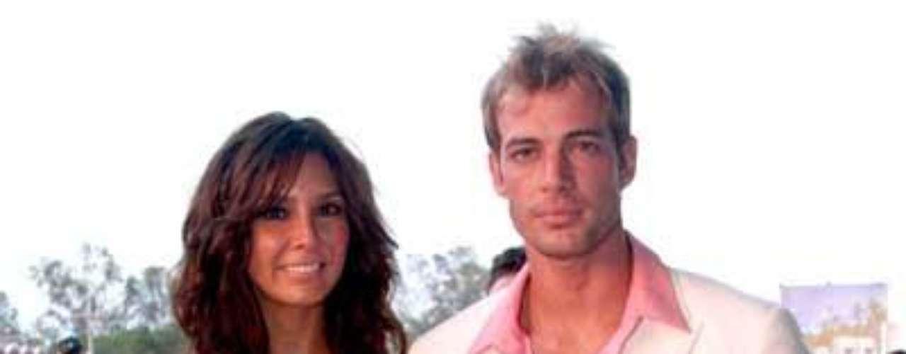 Esta instantánea fue captada cuando William y su esposa desfilaban por la alfombra roja de los Premios TVyNovelas 2008, celebrados en  Mundo Imperial, en la zona más exclusiva del puerto de Acapulco, México.