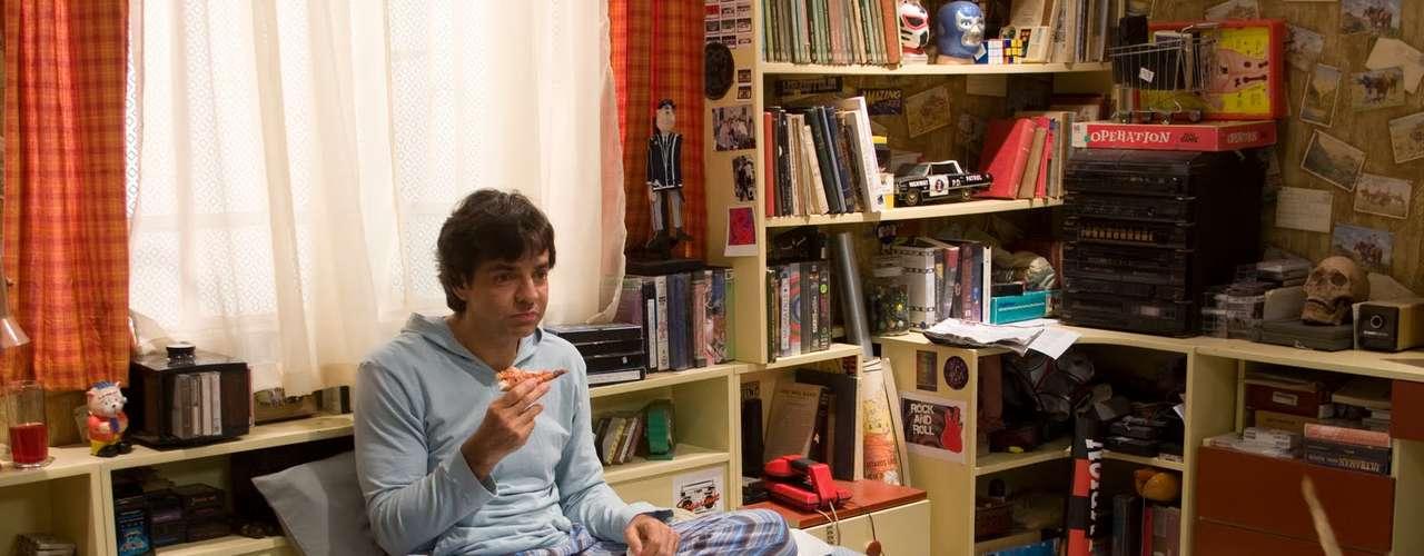 En el 2010 vimos a Derbez en una comedia romántica:No eres tú, soy yo. Aquí Derbez asume un papel cómico pero envuelto en dramas y líos amorosos.