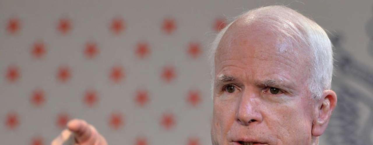 McCain no oculta que ellos también realizan una campaña a favor de la intervención militar en Siria: \