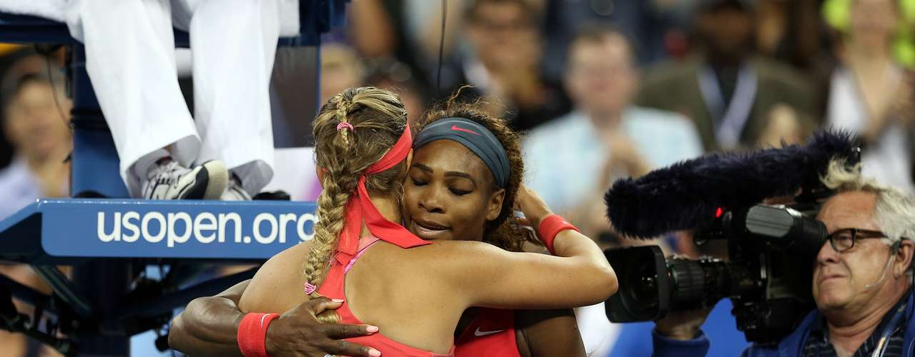 Serena Williams derrotó ala bielorrusa Victoria Azarenka con parciales de 7-5, 6-7 (6/8), 6-1.