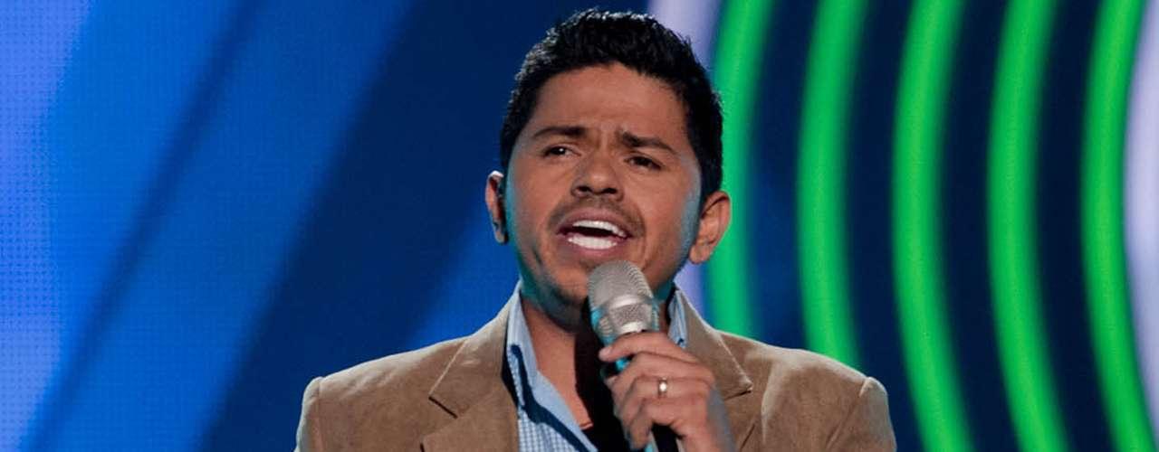 Cruz Francisco León cantó 'El Primer Tonto' y eligió a Marco Antonio Solís como su coach.