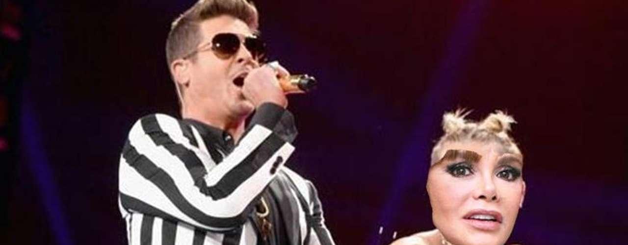Claro, Lucía Méndez no se queda atrás y causa polémica con su paso de baile el'perreo' en los MTV VMA's.