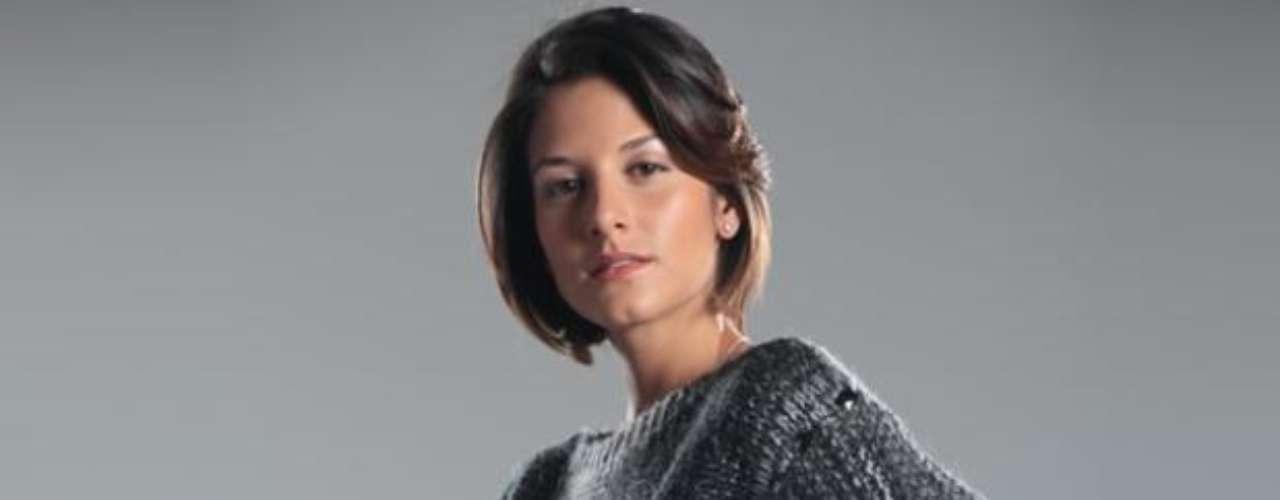 Natalia Jerez es Julieta, la hija de Pedro Pablo León Jaramillo.