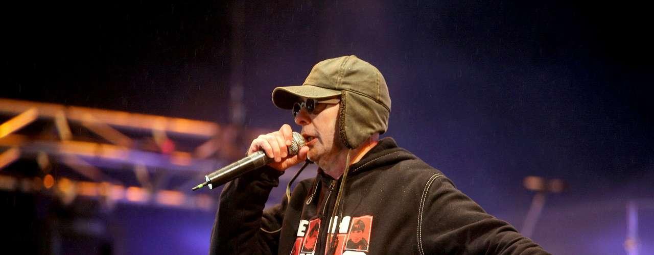 El cantante Carlos \